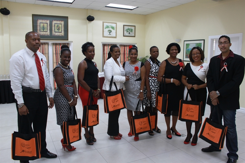 CARPHA and St Lucia Ministry of Health Congratulate Graduates of the CR-FELTP